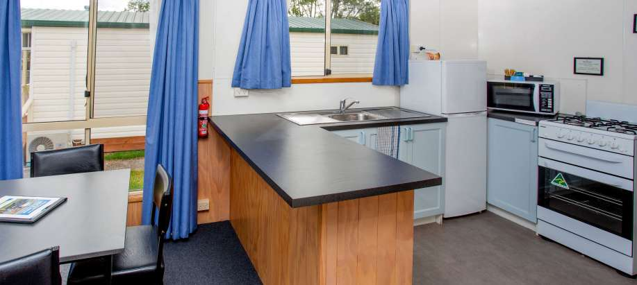 Launceston-Tamar Valley Superior Cottage - Sleeps 6
