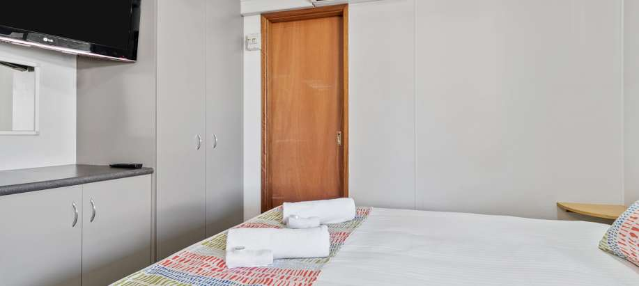 Standard Studio Cabin - Sleeps 2