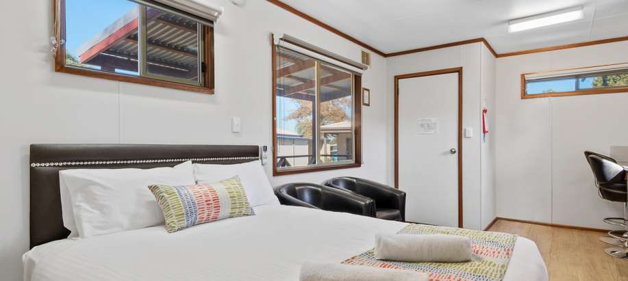 Swan Valley Swan Valley Standard Studio Cabin - Sleeps 2