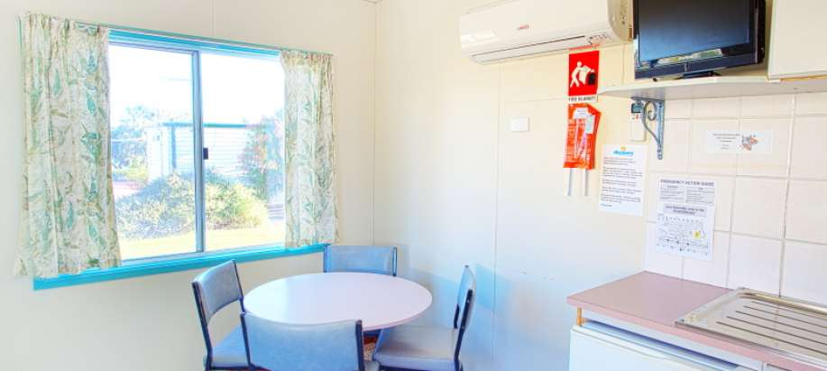 Whyalla Foreshore Spencer Gulf Standard 1 Bedroom Access Cabin