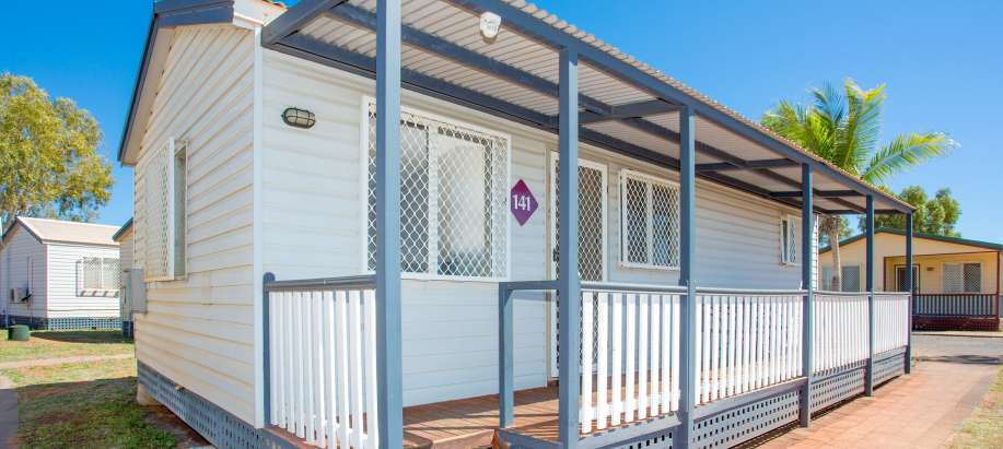 Pilbara Superior 2 Bedroom Cabin - Sleeps 4