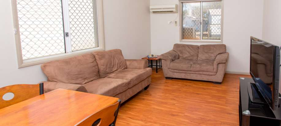 Port Hedland Pilbara Superior Waterfront Cabin - Sleeps 4