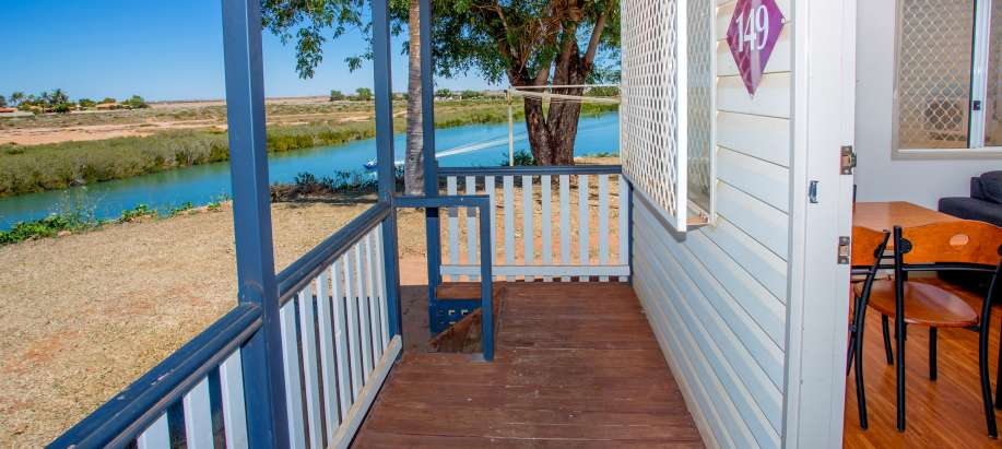 Port Hedland Pilbara Superior Waterfront Cabin - Sleeps 6