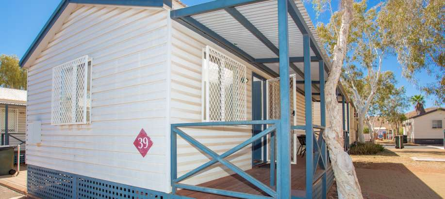 Pilbara Superior Cabin - Sleeps 4 - Pet Friendly