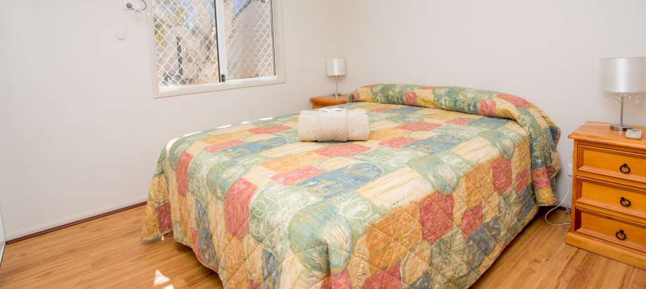 Superior Holiday Unit - Sleeps 4 (Pet Friendly)