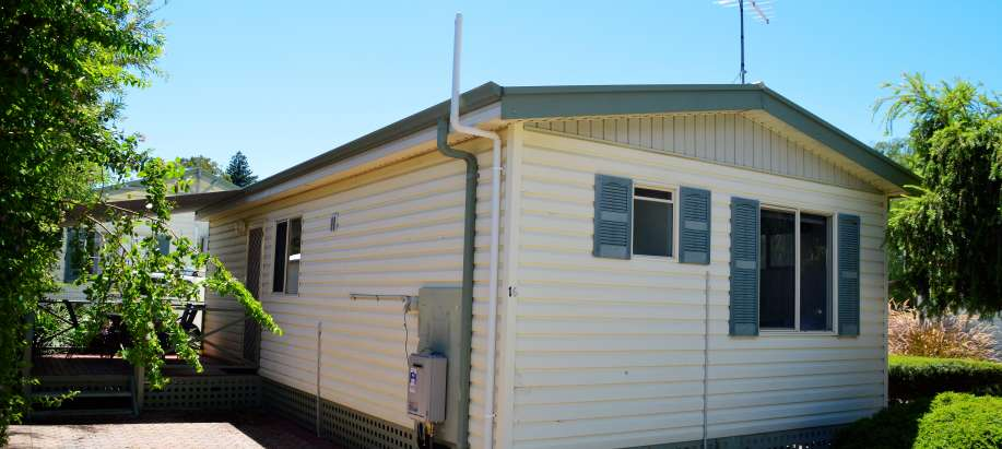Perth Airport South East Superior 2 Bedroom Cabin