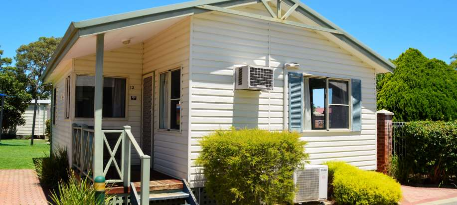 South East Standard 2 Bedroom Cabin - Pet Friendly