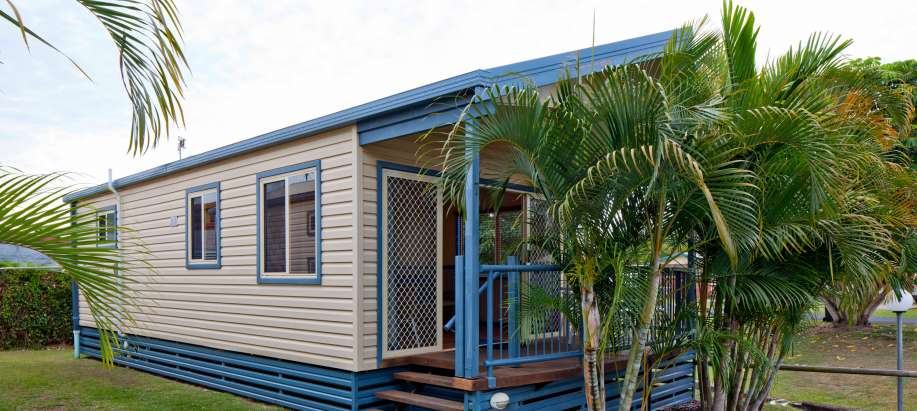 Fraser Coast Superior 2 Bedroom Spa Cabin