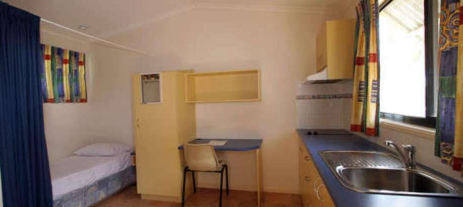 North Queensland Economy Studio Room - Twin (No Ensuite)