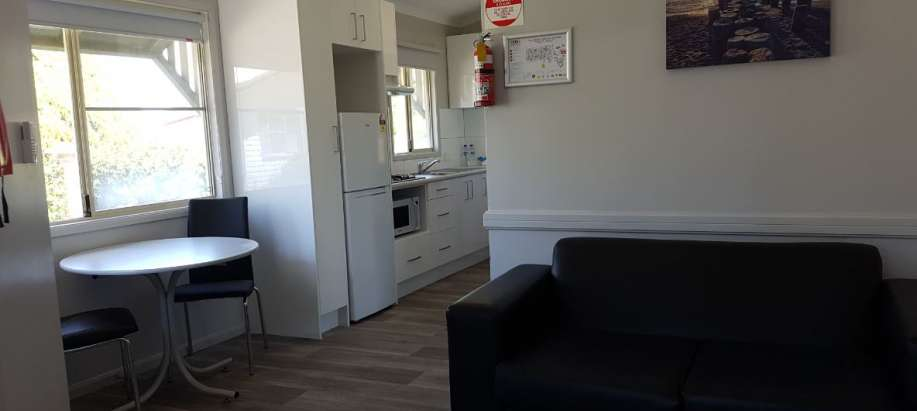 Perth Airport South East Superior 1 Bedroom Cabin