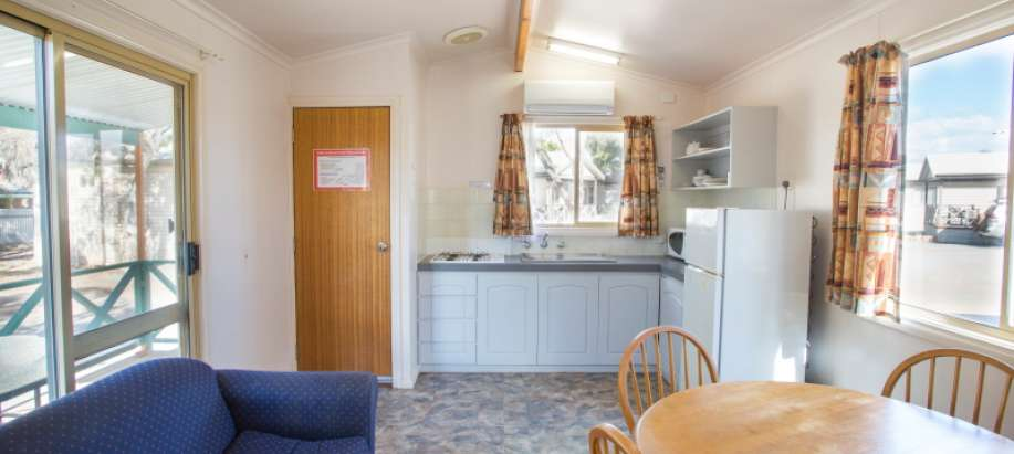 Standard 1 Bedroom Cabin - Pet Friendly