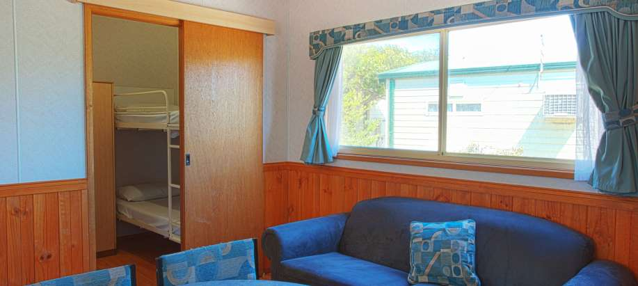 Adelaide Beachfront Adelaide Standard 2 Bedroom Balcony Cabin - Pet Friendly
