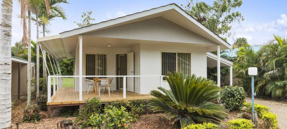 Coolwaters Yeppoon Capricorn Coast Deluxe 2 Bedroom Cabin