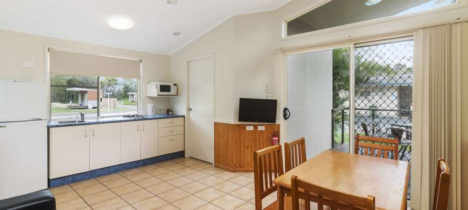 Capricorn Coast Superior 2 Bedroom Cabin