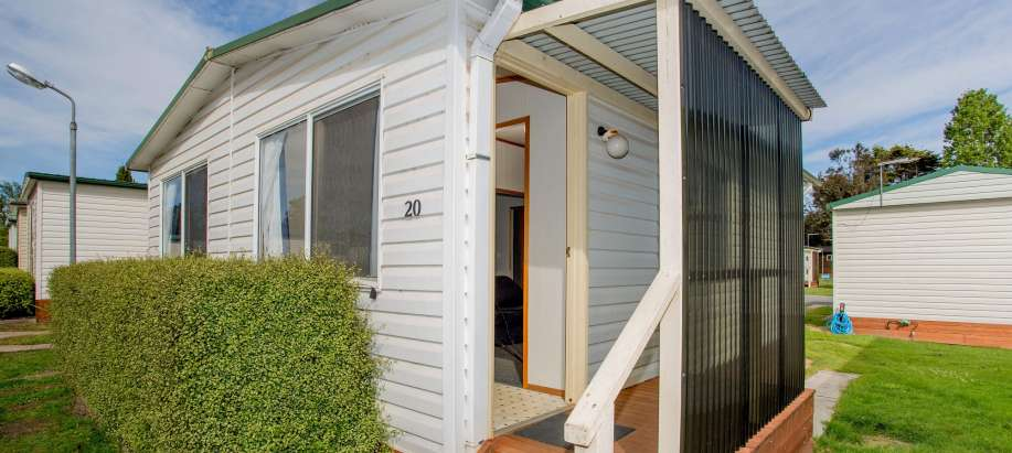 Hadspen Launceston-Tamar Valley Economy Cabin - Sleeps 6
