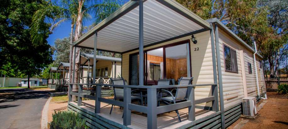 Lake Hume Albury Wodonga Standard 2 Bedroom Cabin - Sleeps 4