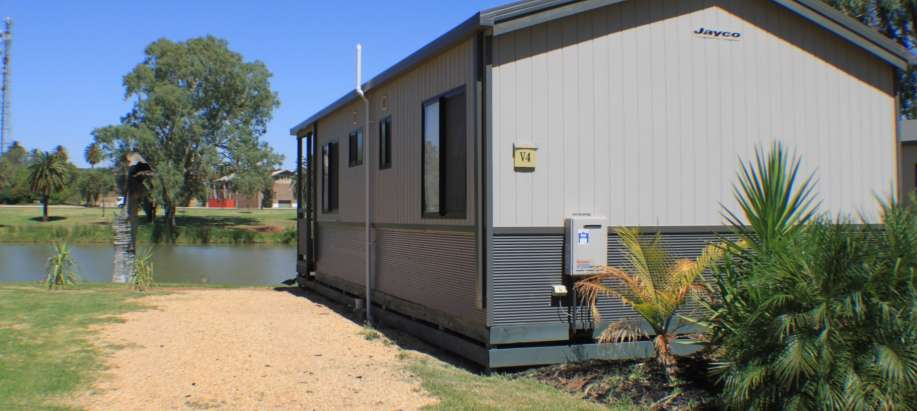 Mildura, Buronga Riverside Murray Deluxe 2 Bedroom Cabin - Sleeps 4