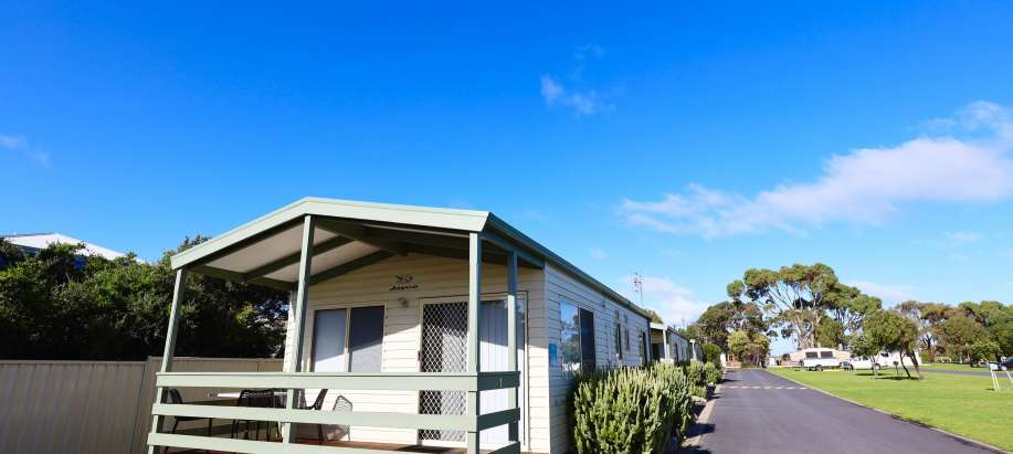 Robe Limestone Coast Deluxe 2 Bedroom Cabin