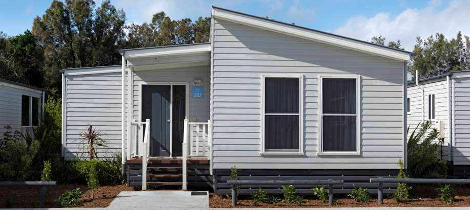 Byron Bay North Coast Deluxe 2 Bedroom Cabin (Sleeps 6)
