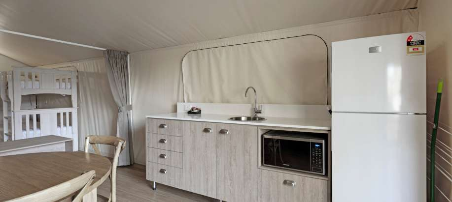 Byron Bay North Coast Deluxe Safari Tent (Sleeps 4)