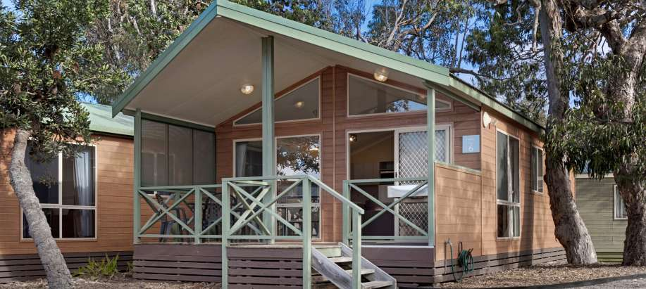 Deluxe 2 Bedroom Spa Cabin - Sleeps 5