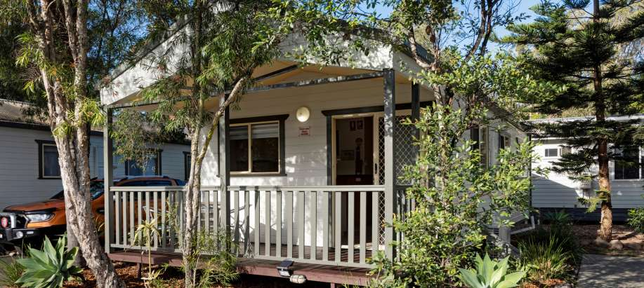 Coffs Harbour Superior 2 Bedroom Cabin - Sleeps 5