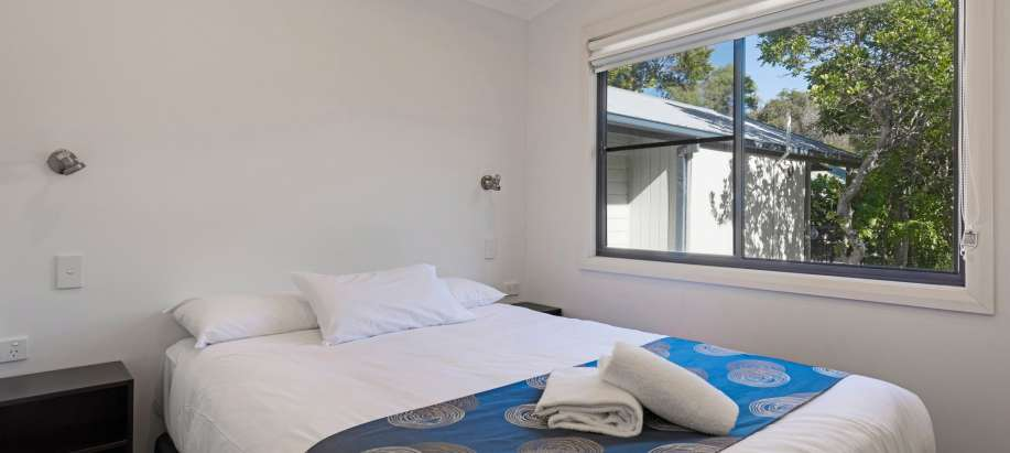 Coffs Harbour Superior Grevillea Cabin - Sleeps 6