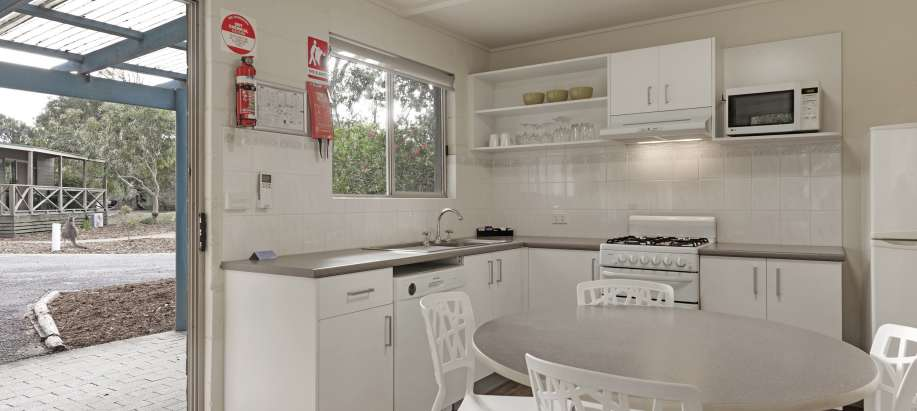 Pambula Beach Sapphire Coast Superior 2 Bedroom Apartment - Sleeps 6