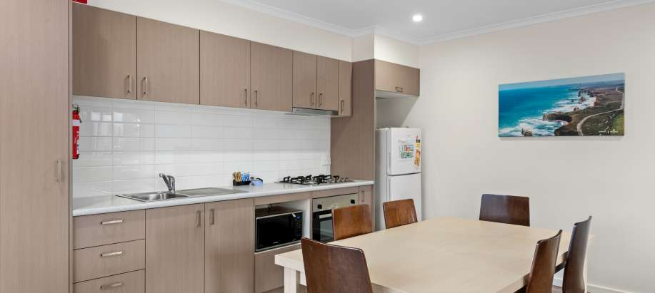 Melbourne Deluxe 3 Bedroom Apartment - Sleeps 6