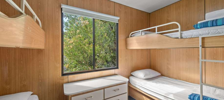Melbourne Melbourne Standard 1 Bedroom Cabin - Sleeps 6