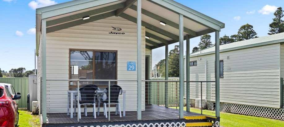 Great Ocean Road Superior 2 Bedroom Cabin - Sleeps 4