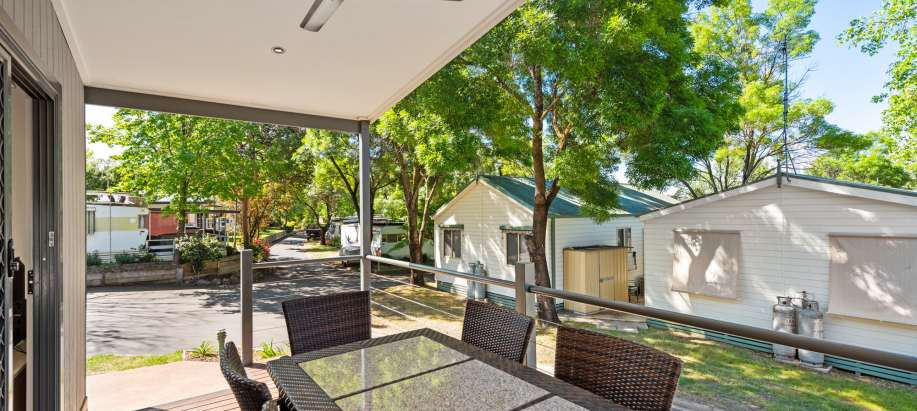 Albury Wodonga Deluxe 2 Bedroom Cabin - Sleeps 5