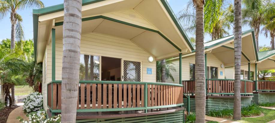 Lake Hume Albury Wodonga Superior 2 Bedroom Cabin - Sleeps 6