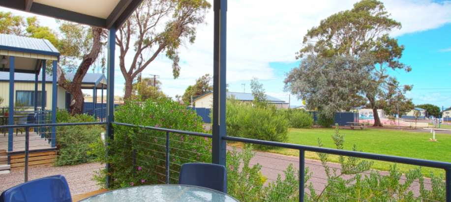 Whyalla Foreshore Spencer Gulf Superior 2 Bedroom Cabin - Sleeps 6
