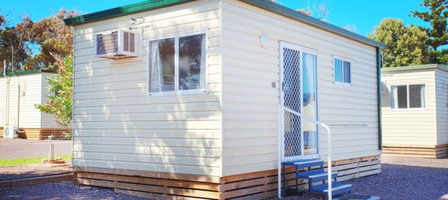 Whyalla Foreshore Spencer Gulf Economy - Open Plan Tourist Cabin