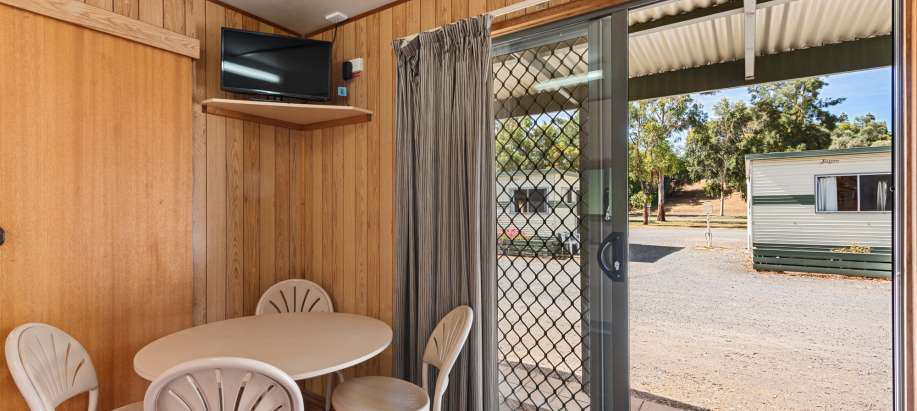 Tanunda Economy Cabin - No Ensuite - Pet Friendly
