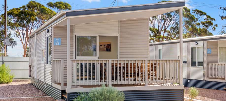 Spencer Gulf Deluxe 2 Bedroom Cabin - Sleeps 4