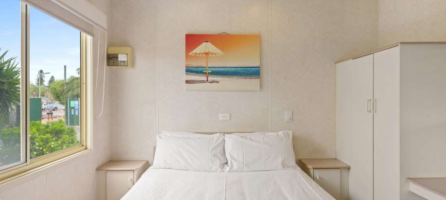 Adelaide Beachfront Adelaide Standard 1 Bedroom Cabin - Pet Friendly
