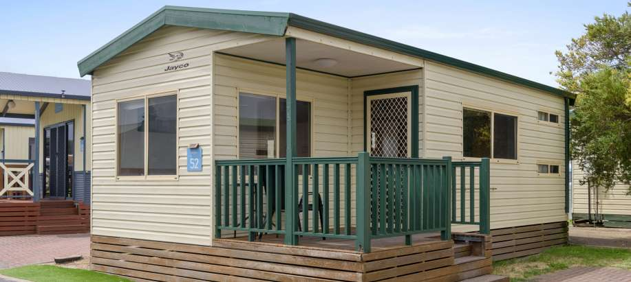 Adelaide Standard 2 Bedroom Cabin - Sleeps 6