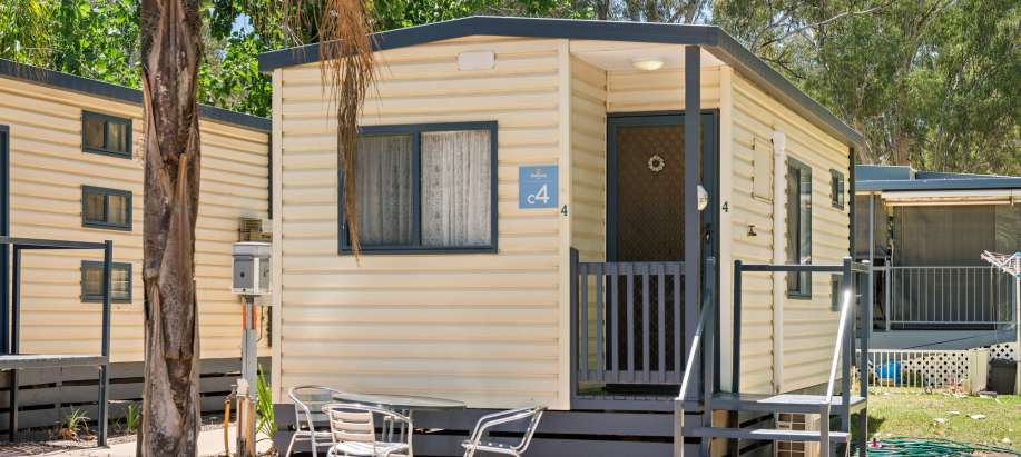 Murray Standard Studio Cabin - Sleeps 4