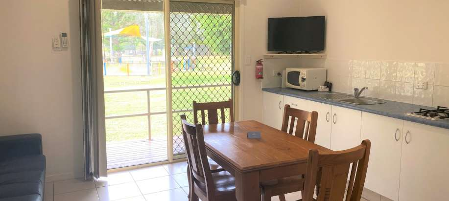 Coolwaters Yeppoon Capricorn Coast Standard 2 Bedroom Unit