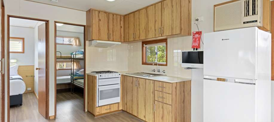 Robe Limestone Coast Standard 2 Bedroom Cabin - Pet Friendly