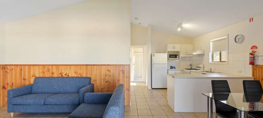 Spencer Gulf Deluxe 2 Bedroom Cabin - Sleeps 6