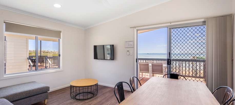 Streaky Bay Foreshore Eyre Peninsula Deluxe Beachfront 2 Bedroom Cabin