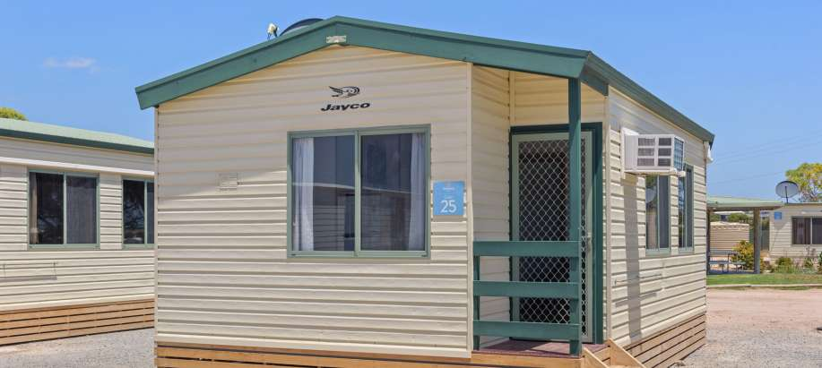 Streaky Bay Foreshore Eyre Peninsula Superior 2 Bedroom Cabin