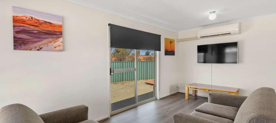 Roxby Downs Central Corridor Superior 3 Bedroom Cabin