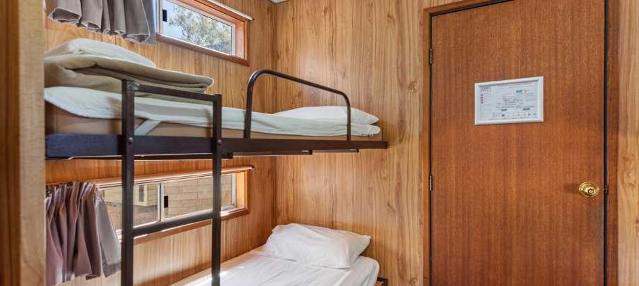 Barmera Riverland Economy Studio Cabin (External Ensuite)