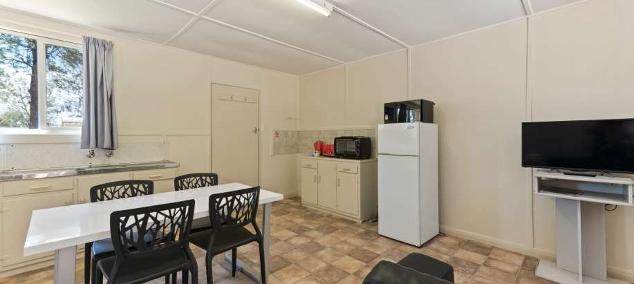 Barmera Riverland Economy Studio Cabin - Pet Friendly