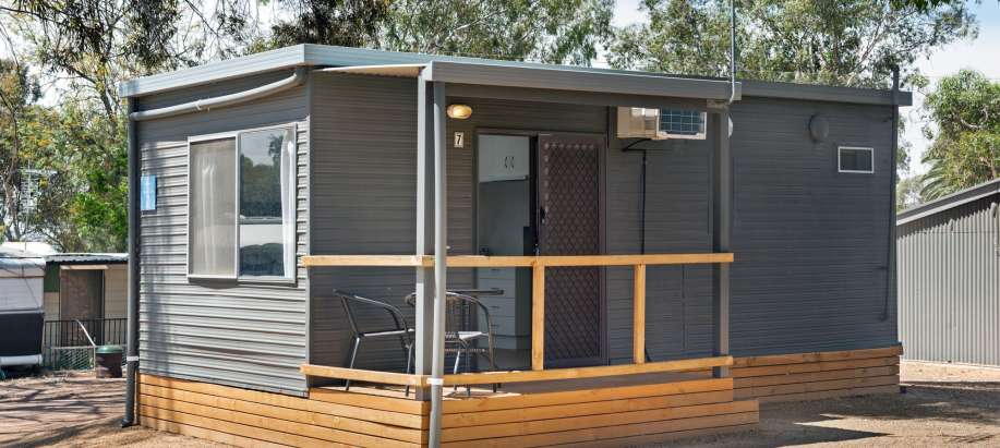 Lake Bonney Barmera Riverland Standard Cabin - Sleeps 2