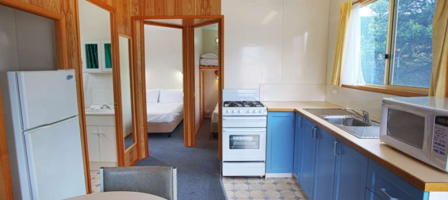 Hobart Standard Cabin - Double - Sleeps 4